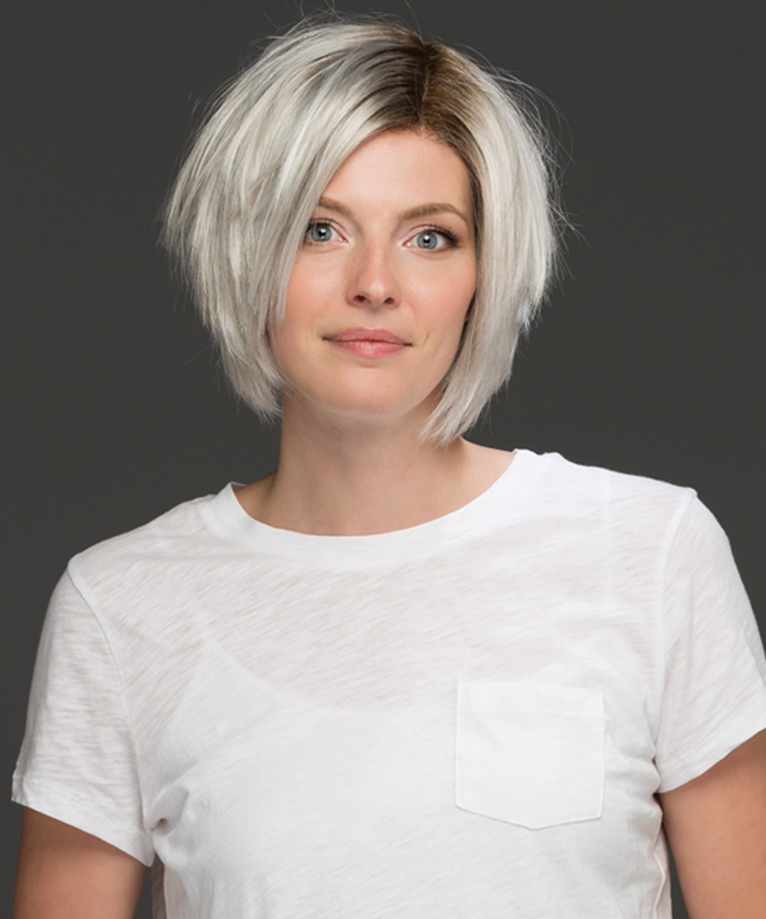 Ryder_Front, Natural Collection by Estetica Wigs, Color shown is SILVERSUNRT8